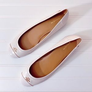 Coach White Chelsea Leather Flats Size 9.5 NWOB